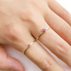 DETAILS Dainty and sweet 14k gold solitaire ruby ring using Dahlia setting. The milgrain details on the frame to add a touch of an antique look. SPECIFICS Se...