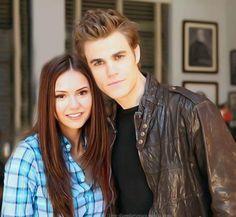 Nina Dobrev & Paul Wesley