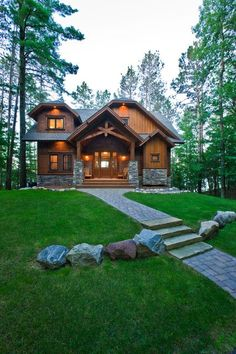 9 rustic cottage house exterior design ideas to copy 7 Country Home Exteriors, Rustic Houses Exterior, Country House Design, Craftsman Exterior, Modern House Design, Cabin Design, Cottage Design, Log Homes Exterior, Rustic Lake Houses