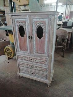 Timp de execuție 840 ore, echipa 7 angajați  Materiale import #italia.  #savemob #ludovic #restoration #design #designinspirations #designstudio #designinterior #furnituredesigner #furniture #wood #solidoak #chairdesign #chair #izzidesignbox #moodfurniture #modern #minimal #madeinro #romaniandesigner #productdesigner #newproduct #oak #decor #meuble #möbler #møble #simleu #simex #madeinromania #prototyping Studio, Outdoor Decor, House, Home Decor, Decoration Home, Home, Room Decor, Studios, Home Interior Design