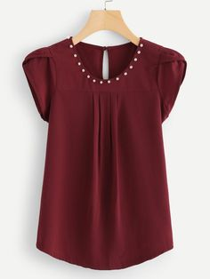 Girls Dresses Sewing, Modest Dresses, African Inspired Clothing, Lace A Line Dress, Red Fashion, Fashion Outfits, Casual Tops For Women, Looks Vintage, Shirt Blouses