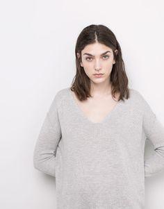 Pull&Bear - mulher - casacos e camisolas - camisola gola em bico costuras visíveis - mesclado claro - 05559324-V2016