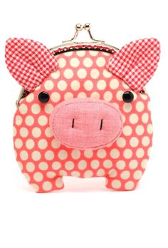 Little salmon pink piggy clutch purse by misala on Etsy.cutest coin purse ever! This Little Piggy, Little Pigs, Diy Pochette, Cute Pigs, Funny Pigs, Change Purse, Handmade Bags, Clutch Purse, Purses And Bags
