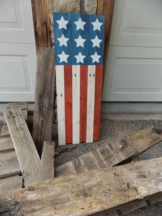 Learn to build this stars and stripes wall art from reclaimed wood with tips from Minwax® wood finishing expert, Bruce Johnson. Wooden Pallets, Wooden Diy, Repurposed Wood, Minwax, Fourth Of July, Wood Finishing, Wood Signs, Wood Projects, Diy Crafts