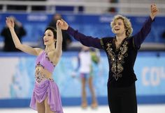 Meryl Davis, Charlie White win first-ever Olympic ice dance gold medal for the United States. Davis and White are from Detroit, Michigan. Meryl Davis, Gold Medal Winners, Dance Program, Scott Moir, Billie Jean King, Ice Dance, Home Sport, Usa Today Sports, Fox Sports