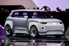 The 2019 Geneva Motor Show sees the debut of the Fiat Concept Centoventi, the concept car that perfectly expresses the Italian brand's idea of electric mass mobility in the near future. Fiat Uno, Fiat Panda, Mini Coper, Steyr, Geneva Motor Show, Transportation Design, Electric Cars, Concept Cars, Motor Car