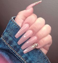 On average, the finger nails grow from 3 to millimeters per month. If it is difficult to change their growth rate, however, it is possible to cheat on their appearance and length through false nails. Are you one of those women… Continue Reading → Perfect Nails, Gorgeous Nails, Love Nails, Fun Nails, Pretty Nails, Long Cute Nails, Ballerina Nails, Long Acrylic Nails, Acrylic Nail Designs
