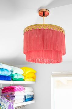 How To Make a Fringe Chandelier is part of home Studio DIY - Learn how to make a fringe chandelier for your home using drum shade rings, fringe and a few supplies you already have in your craft closet! Diy Wohnmöbel, Easy Diy, Diy Crafts, Simple Diy, Diy Chandelier, Vintage Chandelier, Chandeliers, Diy Luz, Diy Luminaire