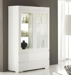 White China Cabinet provides style and beauty in the room