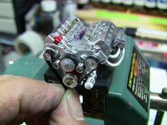 MINIATURE V 8 WORKING ENGINE