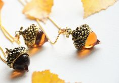 Gold acorn necklace, Acorn charm pendant, Plant necklace, Autumn wedding, Fall jewellery, Forest necklace, Mother nature, Woodland jewelry
