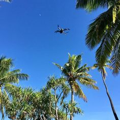 'Perfect flying conditions! 😎 Sunshine ☀️, no wind 💨, no airplanes ✈️ around us (Thx Flightradar24 😉). We took a lot of pictures - we'll upload some of them soon 😊  #fiji #island #maloloisland #lomaniislandfiji #fijifinds #fijivacations #fijinow #thed