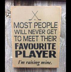 Hockey Crafts, Hockey Boards, Hockey Room, Hockey Quotes, Hockey Season, Field Hockey, Team Gifts, Diy Signs, Ice Hockey