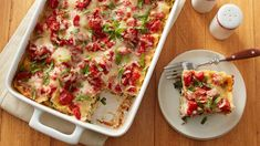 It's hard to pass up a gooey, cheesy chicken dinner, and these nine recipes—including a new Alfredo lasagna from the Betty Crocker Kitchens—won't disappoint. Pasta With Alfredo Sauce, Alfredo Lasagna, Chicken Alfredo, Pasta Recipes, Chicken Recipes, Dinner Recipes, Cooking Recipes, Dinner Ideas, Dinner Options