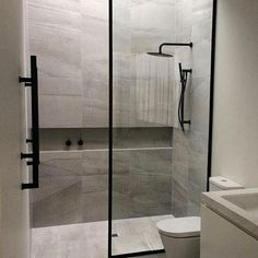 Best Bathroom Renovation Ideas Beautiful shower room remodel and also complete transformation to this dream bath! Restroom Improvement Ideas: shower room remodel expense, bathroom suggestions for little shower rooms, tiny washroom layout concepts. Wet Rooms, Concept Home, Bathroom Inspiration, Bathroom Ideas, Shower Bathroom, Bathroom Organization, Bathroom Storage, Shower Niche, Bathroom Designs