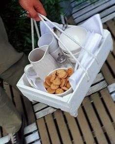 Apple Crate Carrier: Great recipes and more at http://www.sweetpaulmag.com !! @Sweet Paul Magazine