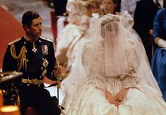 Historic Photos: Lady Diana Spencer and Prince Charles Royal Wedding Royal Wedding 1981, Royal Wedding Gowns, Royal Weddings, Wedding Dresses, Wedding Themes, Lady Diana Spencer, Prince Charles Et Diana, Charles And Diana Wedding, Prince Philip