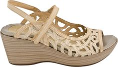 Naot Deluxe Women's Sandal (Champagne/Biscuit Leather)