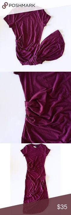burgundy midi t shirt dress offers welcome burgundy midi t shirt dress with side gathering. •670865• Dresses Midi