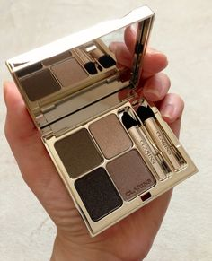 I Am Fabulicious: Clarins Eye Quartet Mineral Palette in Forest