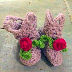 lisesolvang crochet booties