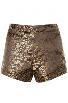 Metallics & Brocade are both on the AW13/14 trend list. This bronze floral shorts will look great worn over a pair of opaques with black platform heels, black sheer vest & blazer