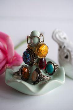 Vintage Rings www.jewelsofjune.com #vintage #vintagejewelry #rings #vintagerings #style #womensfashion