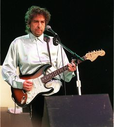 Bob Dylan Live, Pop Music, The Beatles, Bobby, My Love, Celebrities, Zimmerman, Rockers, Kenzo