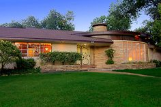 """This is the kind of house I grew up seeing in Houston. This is why I have such a passion for Mid Century design. I adore this """"swankienda."""""""