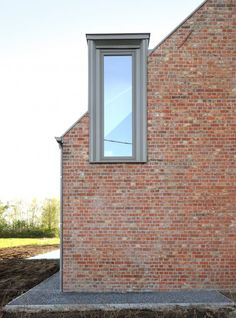 Atelier Tom Vanhee adds gabled wooden extensions to refurbished brick farmhouse Architecture Résidentielle, House Roof, Design Case, Modern Farmhouse, Modern House Design, Belgium, Gallery, Bricks, Decor Scandinave