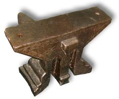 A009-02 French side horn anvil.