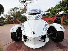 Bombadier Recreational Products (BRP) Can-Am Spyder