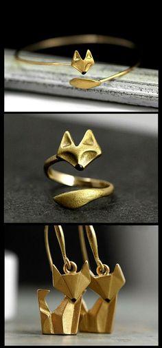 Fox jewelry…Bracelts, rings and necklaces very cool, unique and elegant. Fox jewelry…Bracelts, rings and necklaces very cool, unique and elegant. Trendy Fashion Jewelry, Stylish Jewelry, Dainty Jewelry, Simple Jewelry, Cute Jewelry, Silver Jewelry, Affordable Jewelry, Gothic Jewelry, Cheap Fashion