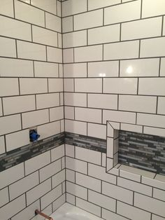 Polyblend Platinum Grout With White Glazed 4x12 Tiles