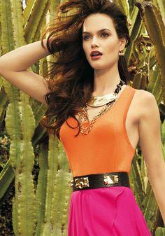 [ ] Bebe Fall 2013 is featuring a Brazilian model: Lisalla Montenegro More Fashion Brazilian Supermodel, Brazilian Models, Lisalla Montenegro, Color Combos, Sexy Women, Curvy, Hair Beauty, Fashion Looks, Glamour