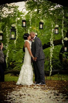 Elegant Outdoor Ceremony - PHOTO SOURCE • LUXE HOUSE PHOTOGRAPHIC, Featured on WedLoft