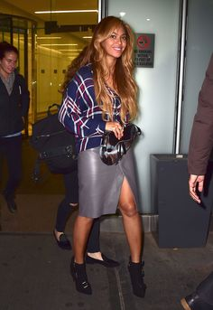 Leaving a business meeting in New York City. - ELLE.com