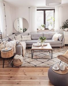 If you are looking for Scandinavian Living Room Design Ideas, You come to the right place. Below are the Scandinavian Living Room Design Ideas. Beautiful Living Rooms, Small Living Rooms, Home Living Room, Modern Living, Living Room Ideas With Grey Couch, Small Apartment Living, Minimalist Living, Living Room Decor Ideas Apartment, Living Room With Carpet