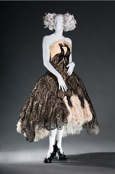 My ultimate dress - The Alexander McQueen Peacock dress from his 2008 RTW collection!