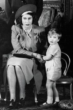 The then Princess Elizabeth with her cousin Prince William of Gloucester