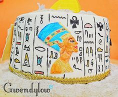 Tarta Egipto... ¡¡¡El domingo 13 fue mi cumpleaños!!! - Relleno: Crema de Mantequilla con filipinos.