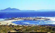 Playa de Totoralillo. Se ubica en la IV región, al sur de Coquimbo.