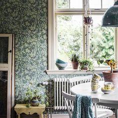 """23 Likes, 3 Comments - Duro (@durosweden) on Instagram: """"""""Om våra väggar kunde tala. Vad skulle de säga då? Kanske att de önskar sig ett grönskande lövverk…"""""""