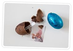 DIY: Photo Surprise Easter Eggs by photojo #Easter #Photo_Eggs
