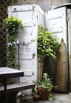WABI SABI Scandinavia - Design, Art and DIY.: DIY: Room divider from old doors.