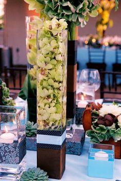 modern wedding floral centerpiece