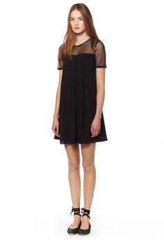 short sleeves black lace dress / front / Rivolta Claudie Pierlot