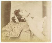 Funeral Photography, Post Mortem Photography, Post Mortem Pictures, Italian Women, Daguerreotype, Long Time Ago, Memento Mori, Photographs, Photos