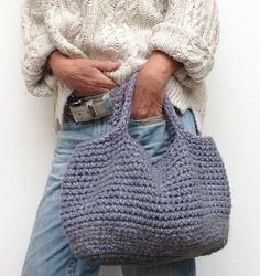 """crochet handbags Handmade durable bag made of felt wool Wool/Viscose Color seems to be the most on bleached jeans blue Sizes: Handle 10 cm 4 """" Diameter 45 cm 18 """" Depth 26 cm 10 """" Crochet Tote, Crochet Handbags, Crochet Purses, Knit Crochet, Yarn Bag, Jute Bags, Looks Chic, Best Handbags, Knitted Bags"""