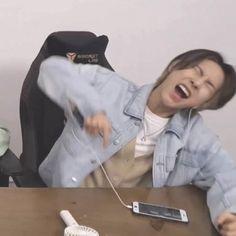 Meme Faces, Funny Faces, Nct U Members, Nct Yuta, Huang Renjun, Cartoon Jokes, Dream Guy, Loving U, Kpop Boy